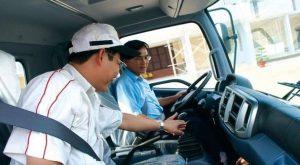 Bổ túc tay lái ô tô hạng B1 B2 C tại quận Hà Đông