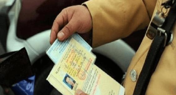 Lỗi vi phạm bị tước bằng lái xe 3 tháng và phạt bao nhiêu