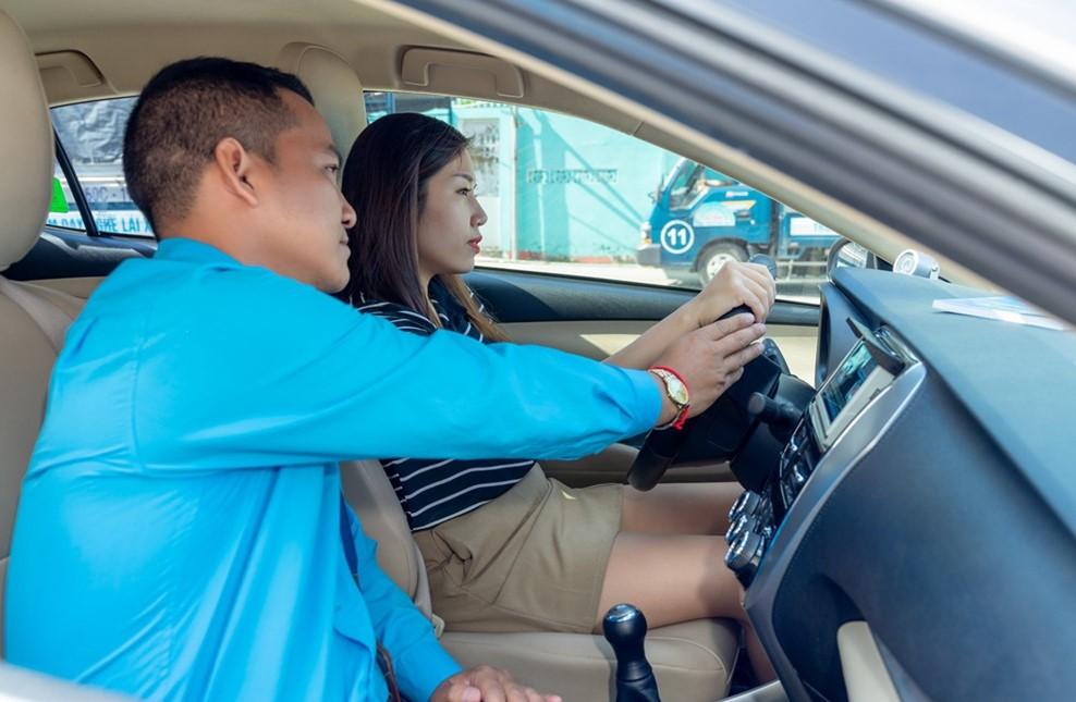 học lái xe Hai Bà Trưng
