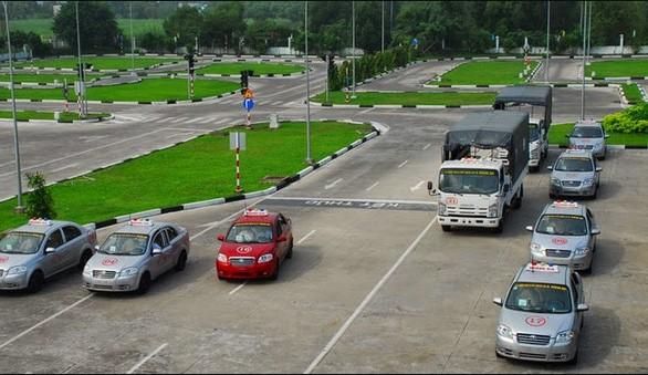 học lái xe tại Mê Linh