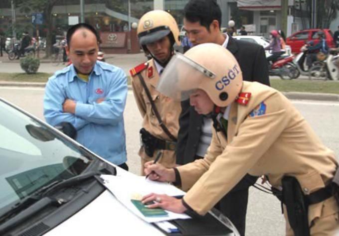 phạt vi phạm giao thông
